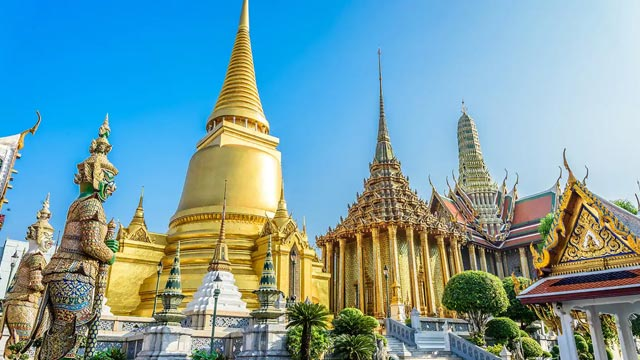 Explore the Grand Palace