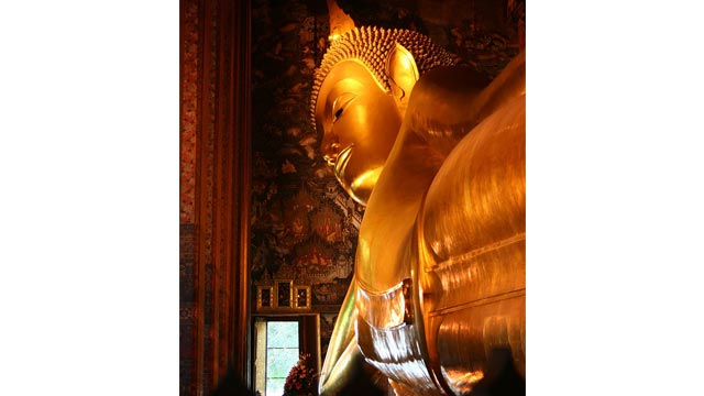 Visit the Reclining Buddha