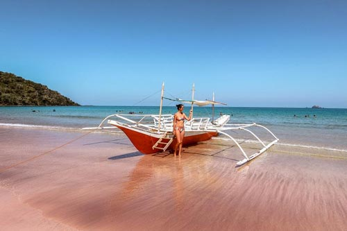 Head to Nagtabon Beach for another spectacular sightseeing