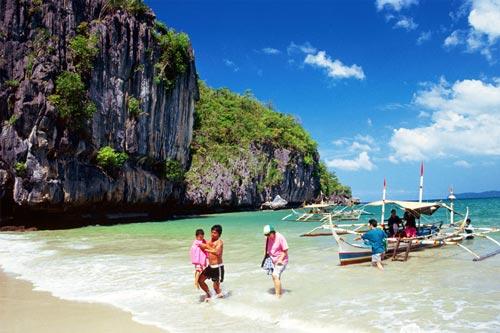 enjoy what Sabang Beach can offer
